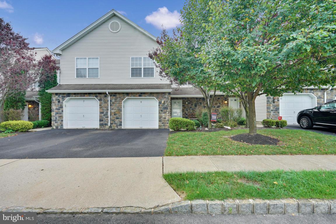 Single Family Homes för Försäljning vid Neptune, New Jersey 07753 Förenta staterna