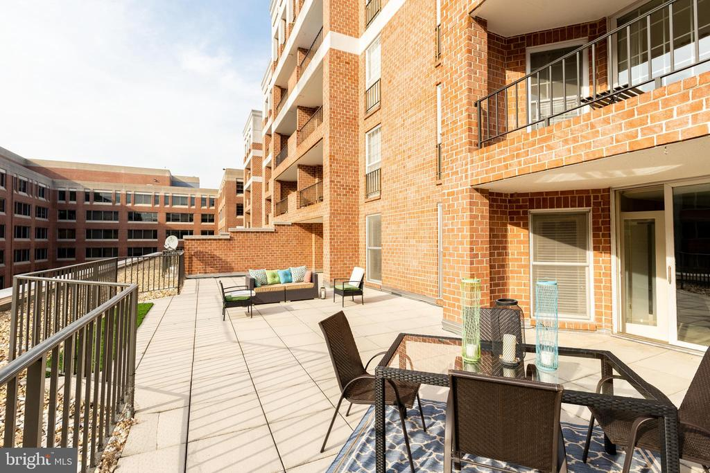 1,000 sqft Patio Terrace - 1230 23RD ST NW #503, WASHINGTON