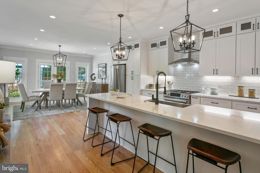 Gourmet Kitchen - 1511 FOXHALL RD NW, WASHINGTON
