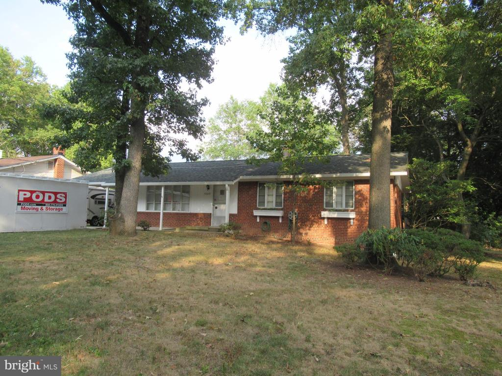 all brick rambler with over size carport  and pkg - 7403 RADCLIFFE DR, COLLEGE PARK