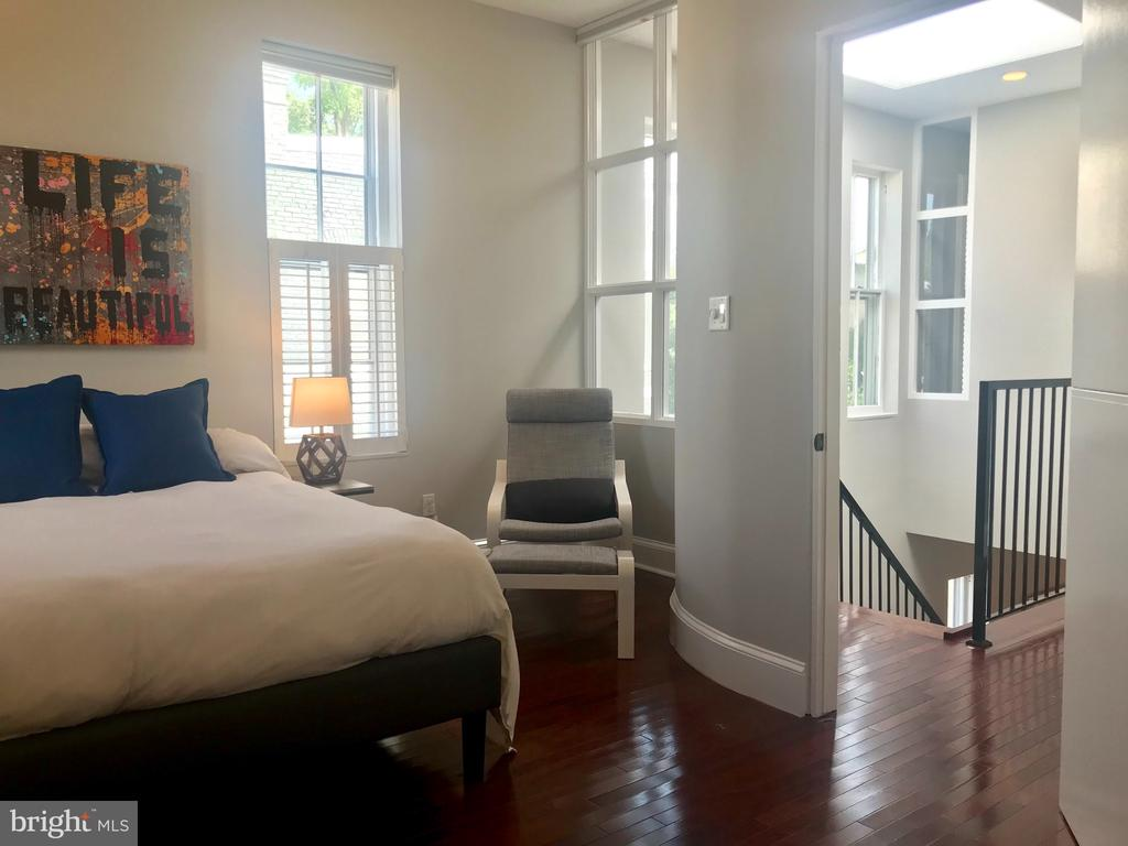 One of two top level bedrooms. - 17 6TH ST SE, WASHINGTON