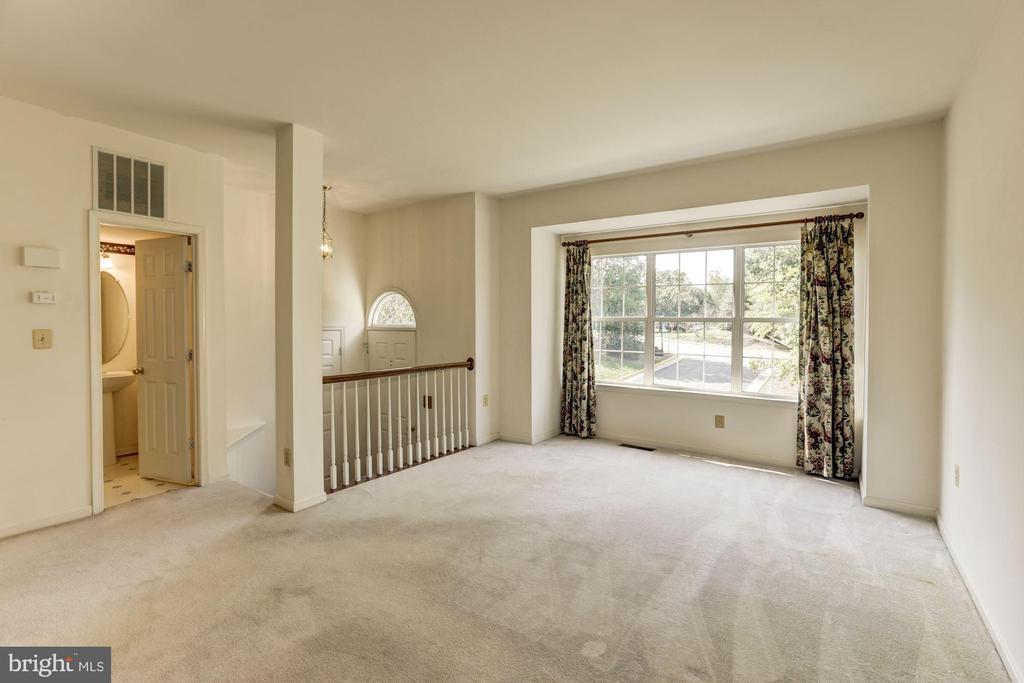 Living Room - 13002 LIMESTONE CT, CLIFTON