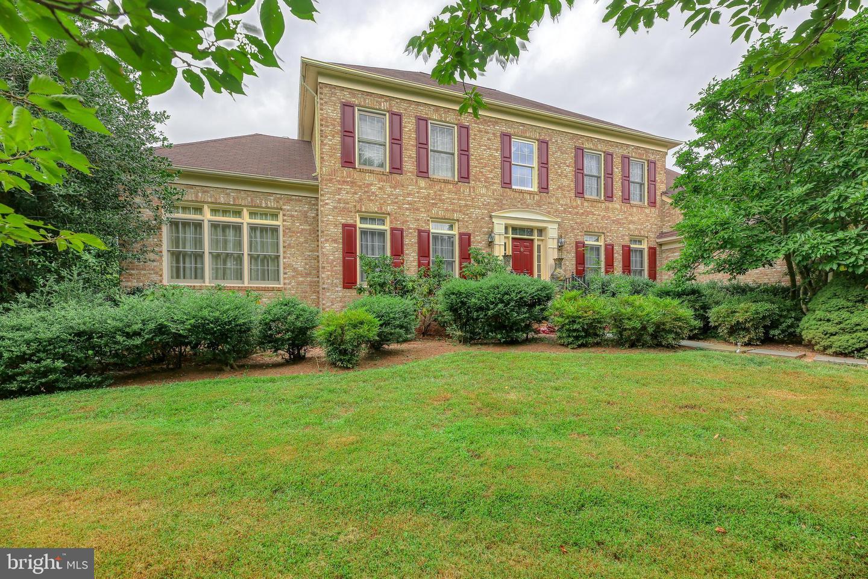 Single Family Homes per Vendita alle ore Herndon, Virginia 20170 Stati Uniti