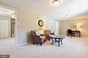 Flexible space for study, office, or studio. - 5304 KAYWOOD CT, FAIRFAX