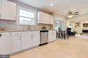 Highly desirable open flow - 5304 KAYWOOD CT, FAIRFAX