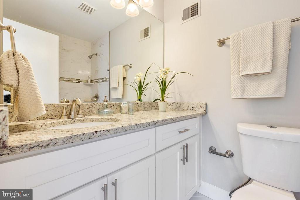 Totally renovated master bathroom. - 5304 KAYWOOD CT, FAIRFAX