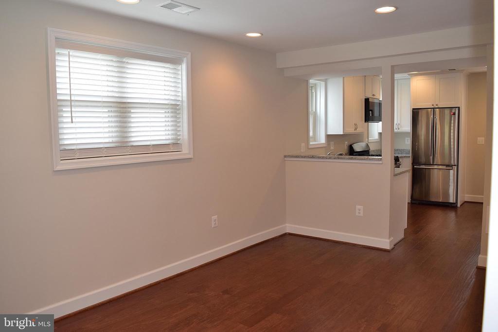 Living Room - 1713 NEWTON ST NE, WASHINGTON