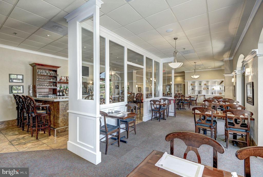 Full service restaurant and bar on site - 19365 CYPRESS RIDGE TER #418, LEESBURG
