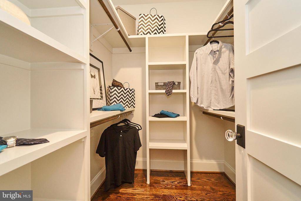 Master Bedroom closet #2. - 3616 N UPLAND ST, ARLINGTON