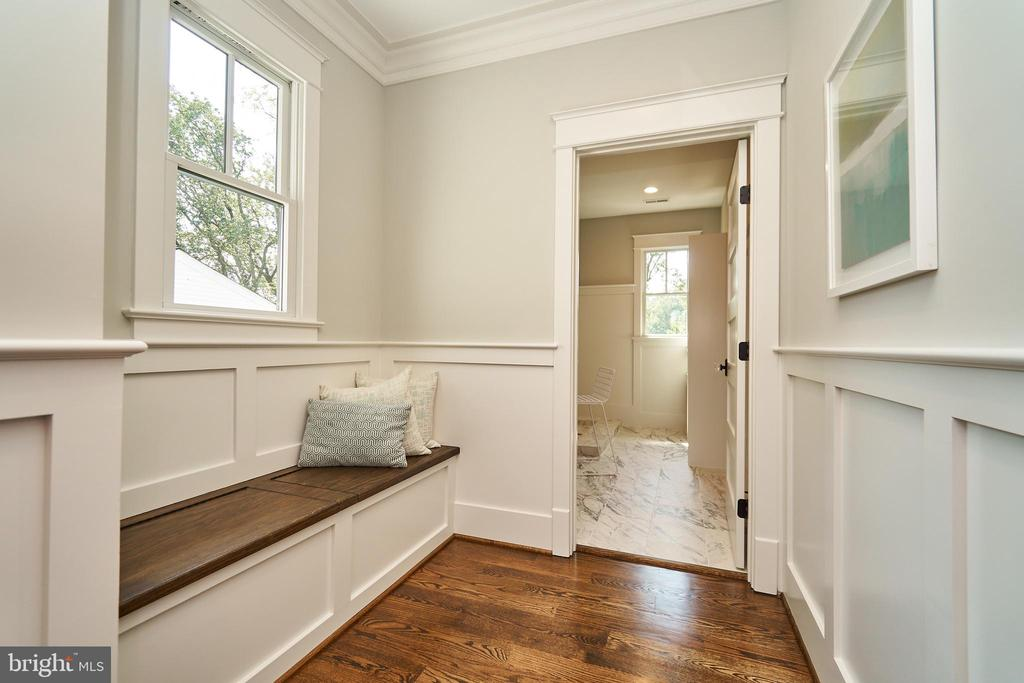 Built in benches with storage in hall to laundry. - 3616 N UPLAND ST, ARLINGTON