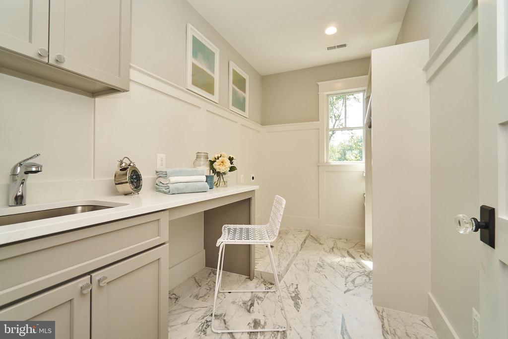 2nd floor Laundry room. - 3616 N UPLAND ST, ARLINGTON