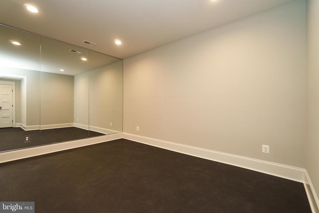 Basement Exercise Room. - 3616 N UPLAND ST, ARLINGTON
