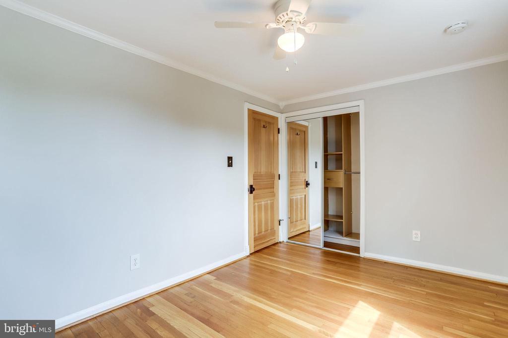 Bedroom 3 with Ceiling Fan - 2902 LANDOVER ST, ALEXANDRIA