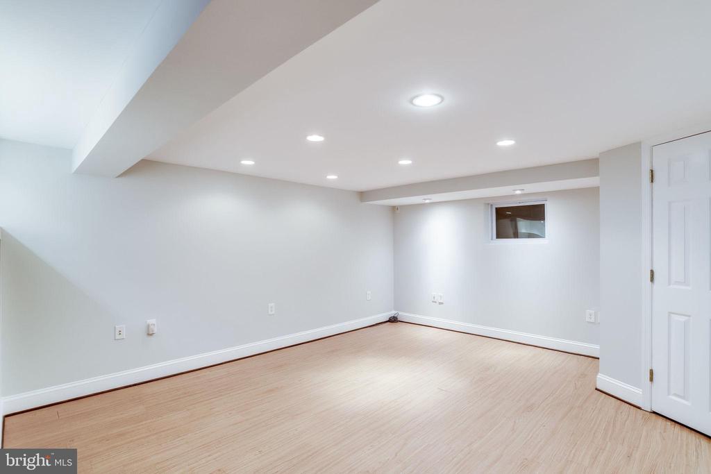 Basement - Beautiful Hardwood Floors - 2902 LANDOVER ST, ALEXANDRIA