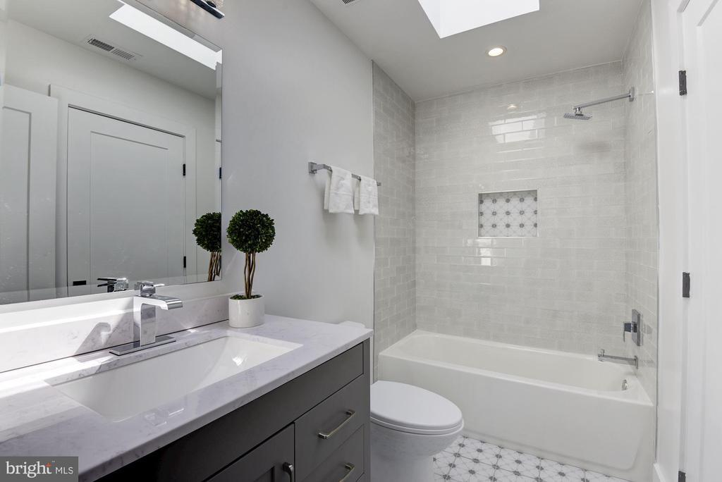 Master Bathroom - 1715 KENYON ST NW #2, WASHINGTON