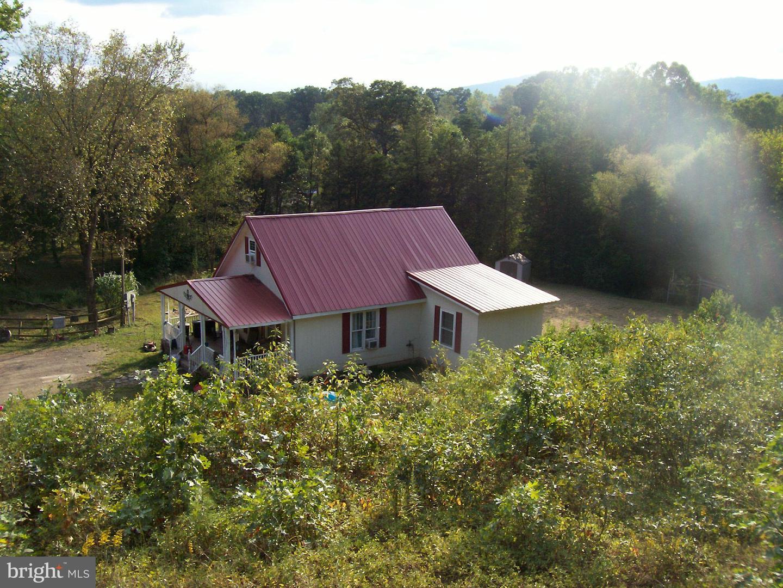 Single Family Homes のために 売買 アット Fisher, ウェストバージニア 26818 アメリカ