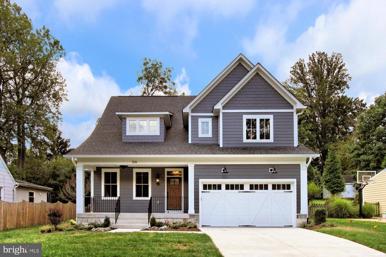 Single Family Homes для того Продажа на Falls Church, Виргиния 22046 Соединенные Штаты