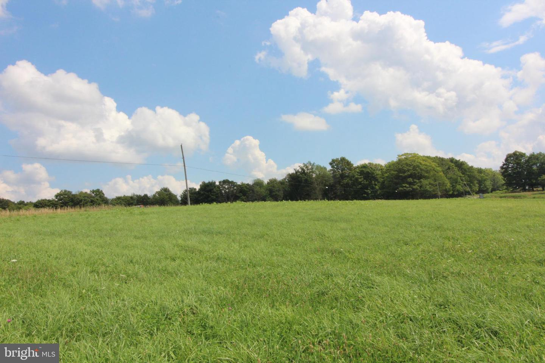 土地 のために 売買 アット Aurora, ウェストバージニア 26705 アメリカ