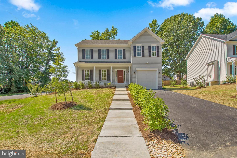 Single Family Homes 为 销售 在 Deale, 马里兰州 20751 美国