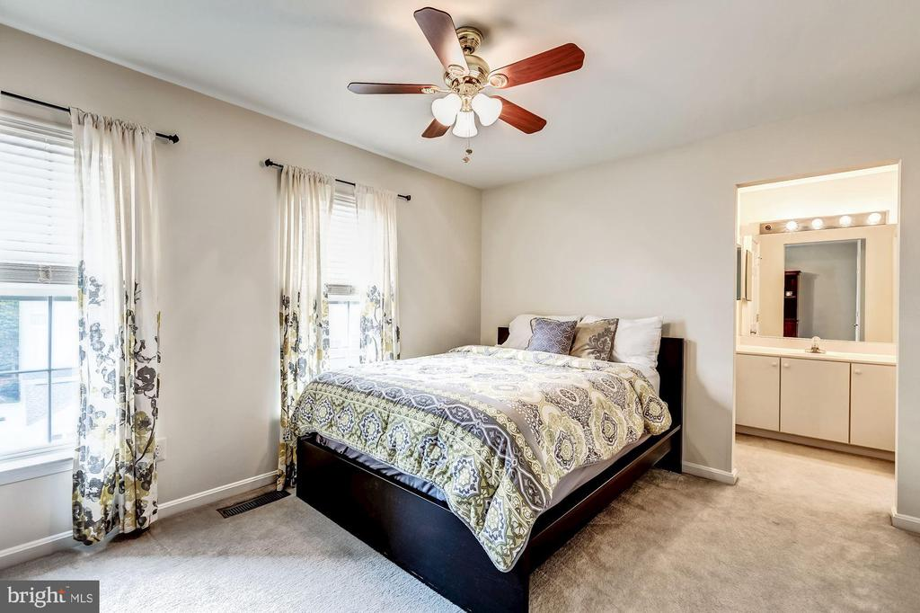 bedroom 3 - 26145 NIMBLETON SQ, CHANTILLY