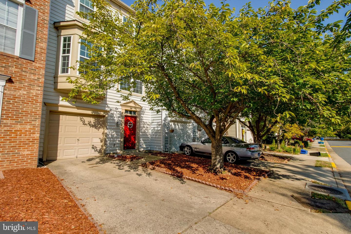 Photo of 1122 CYPRESS TREE PL, HERNDON, VA 20170
