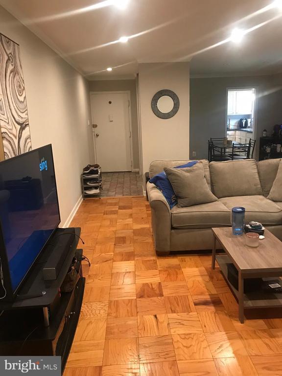 Living Room - 10637 MONTROSE AVE #3, BETHESDA