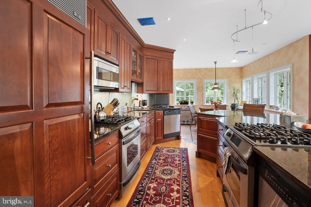 Additional photo for property listing at 48 POOR FARM Road Pennington, New Jersey 08534 United States