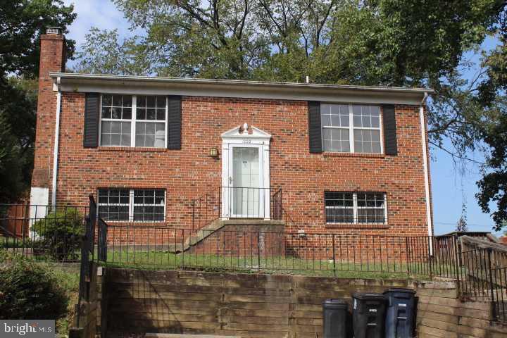 Property для того Продажа на Capitol Heights, Мэриленд 20743 Соединенные Штаты