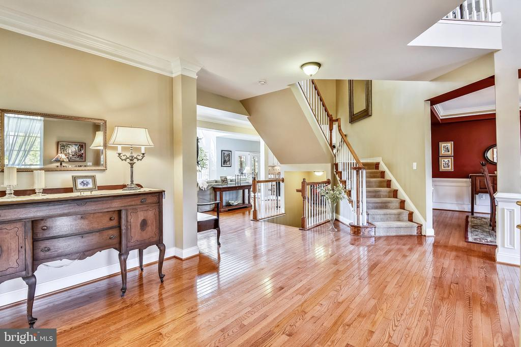 Gleaming Hardwoods- Front Foyer - 1221 ADMIRAL ZUMWALT LN, HERNDON