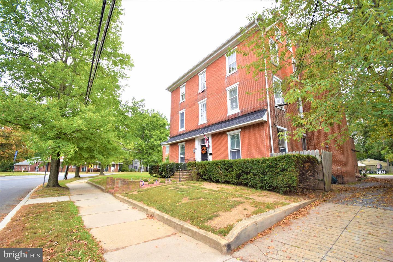 Single Family Homes 为 销售 在 Woodstown, 新泽西州 08098 美国