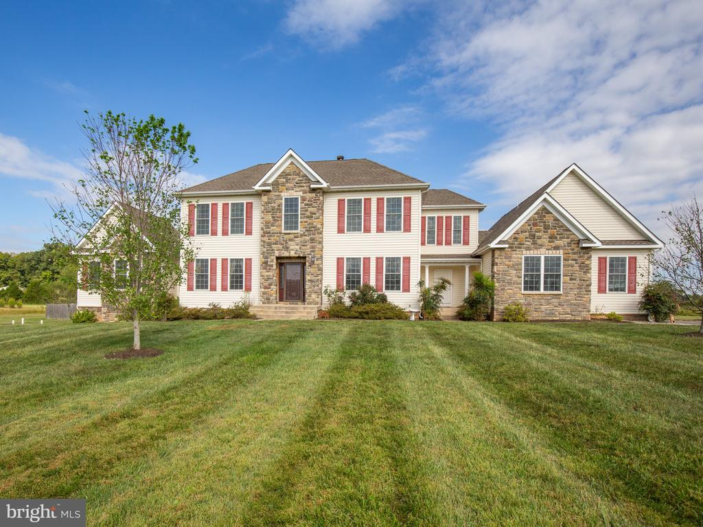 Welcome to 11000 Misty Creek Court - 11000 MISTY CREEK CT, NOKESVILLE