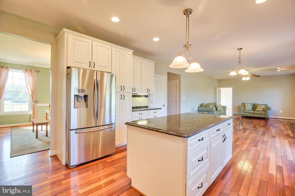 Stainless Steel Appliances - 11000 MISTY CREEK CT, NOKESVILLE