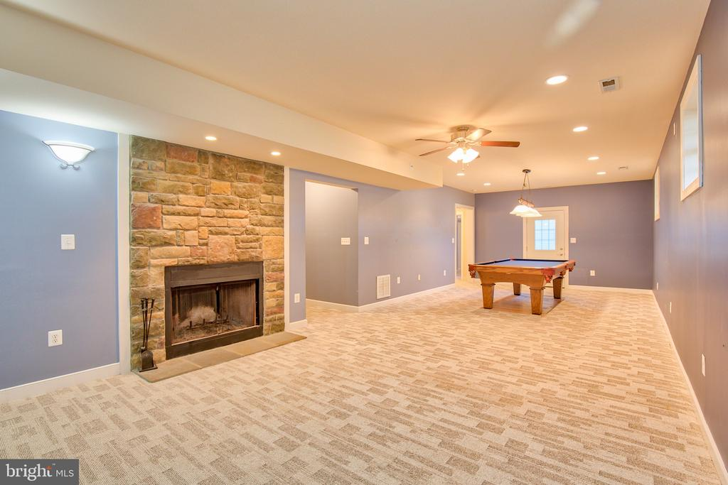 Great Room in Lower Level - 11000 MISTY CREEK CT, NOKESVILLE