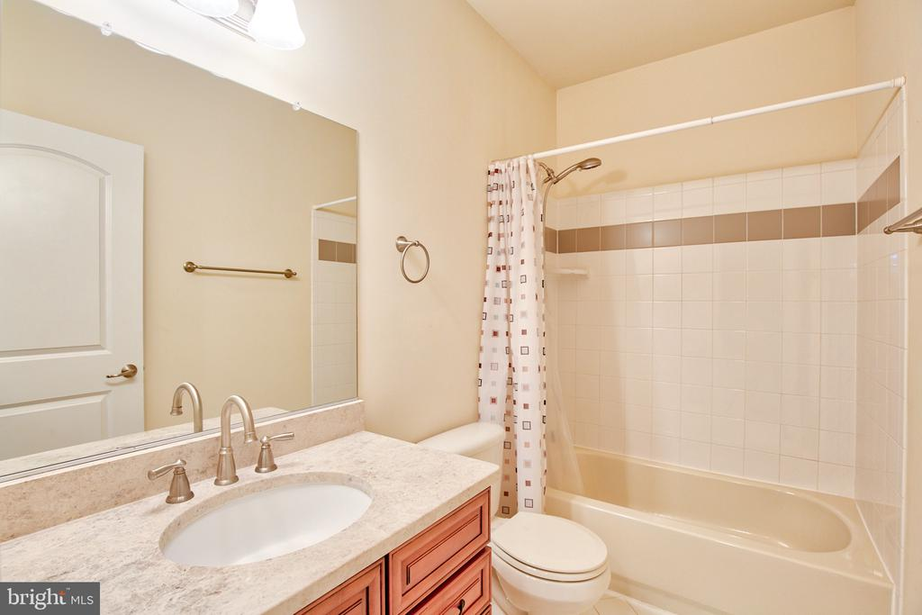 Full Bath in Lower Level - 11000 MISTY CREEK CT, NOKESVILLE
