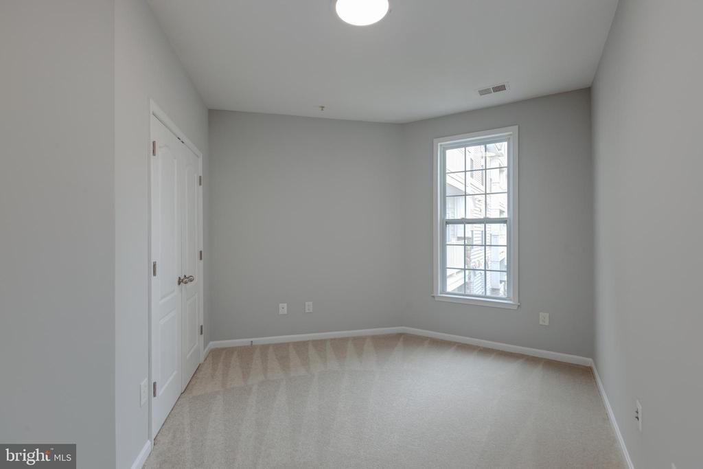 2nd bedroom - 24701 BYRNE MEADOW SQ #306, ALDIE