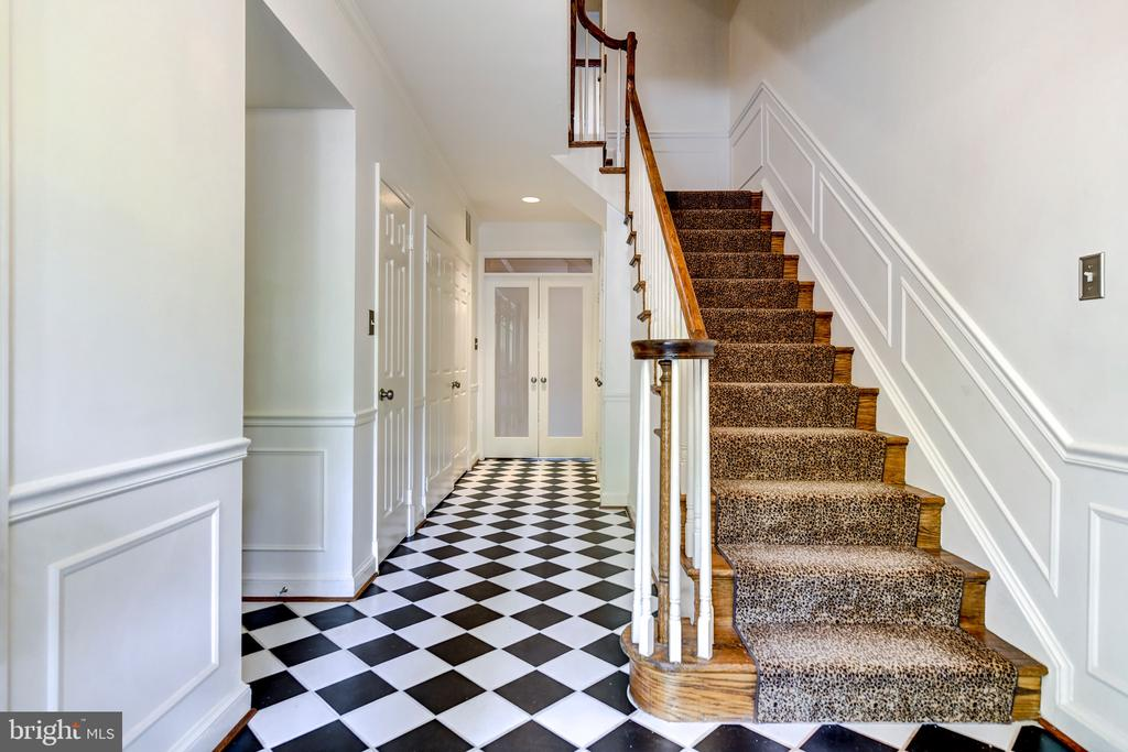 French style foyer - 1810 24TH ST S, ARLINGTON