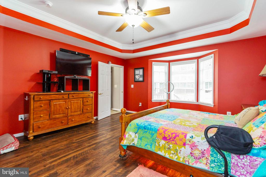 Master Bedroom - 32 TAVERN RD, STAFFORD