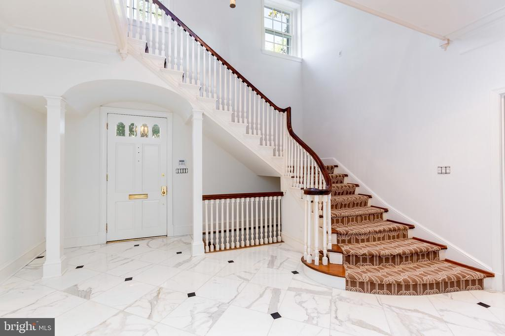 Marble Flooring in Front Entry - 2848 MCGILL TER NW, WASHINGTON