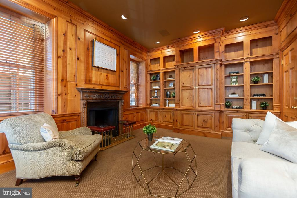 Study with Gas Fireplace and Knotty Pine Finish - 2848 MCGILL TER NW, WASHINGTON