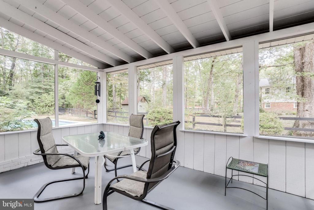 Screened Porch off Family Room - 3800 DENSMORE CT, ALEXANDRIA