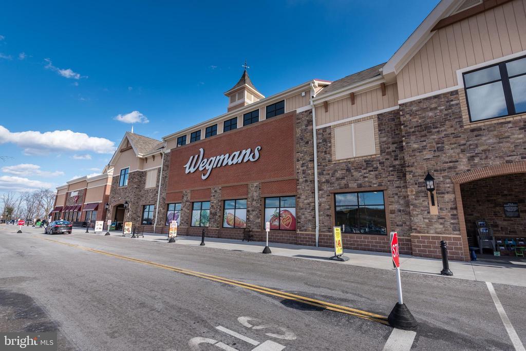 4.5 Miles to Wegmans, Surrounding Retail,  Dining - 5216 OLD MILL RD, ALEXANDRIA