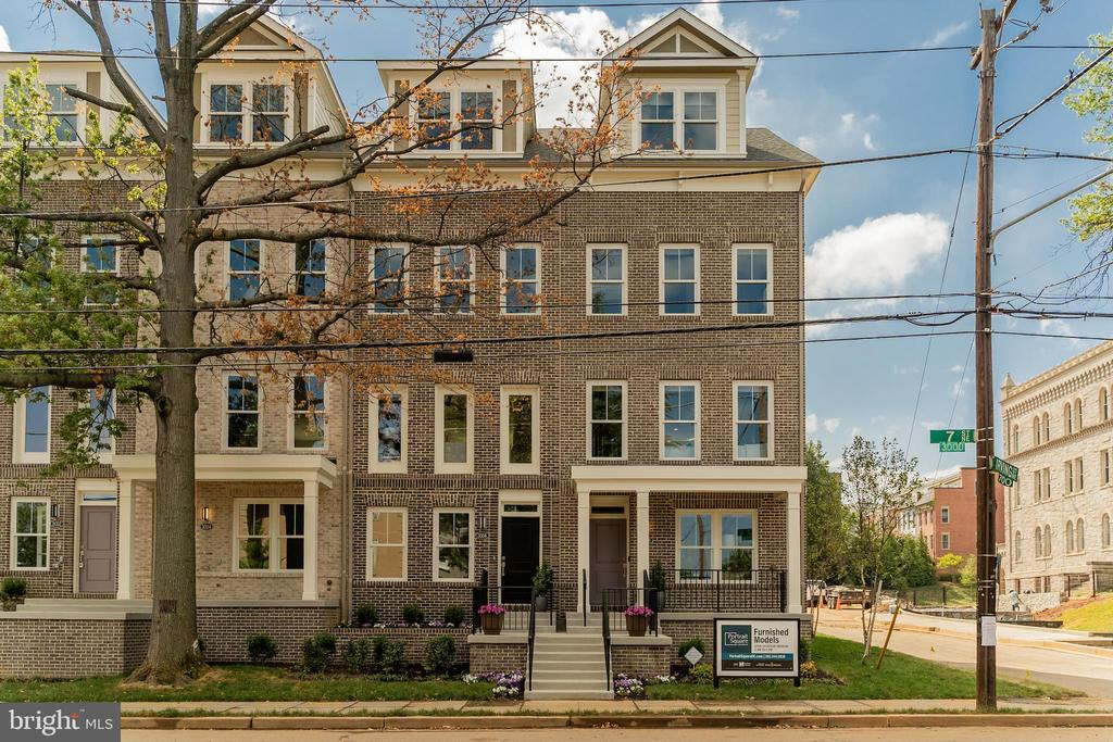 front of homes on 7th St - 3052 7TH NE, WASHINGTON