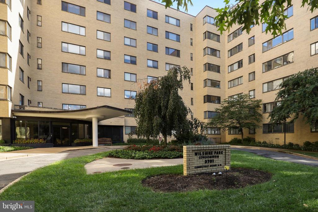- 3701 CONNECTICUT AVE NW #305, WASHINGTON