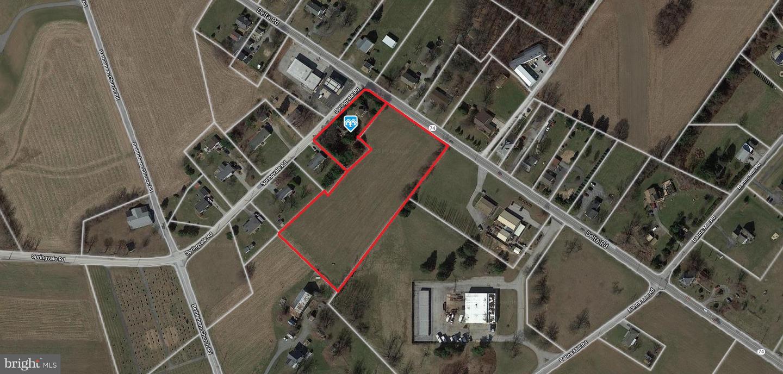 Single Family Homes pour l Vente à 874 DELTA Road Red Lion, Pennsylvanie 17356 États-Unis