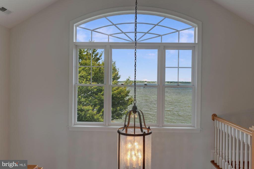 Beautiful Water Views - 1471 NIEMAN RD, SHADY SIDE