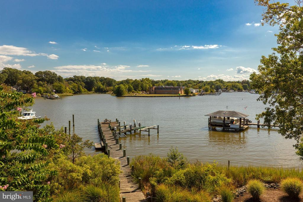 Spectacular Waterfront Home - 1471 NIEMAN RD, SHADY SIDE