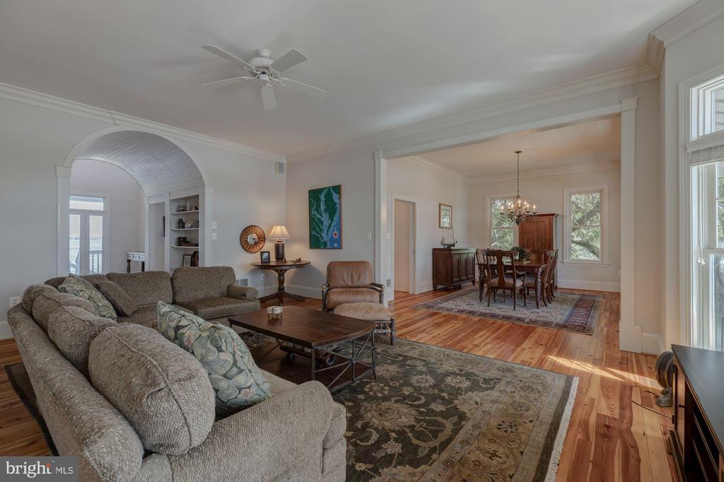 Living Room - 1471 NIEMAN RD, SHADY SIDE