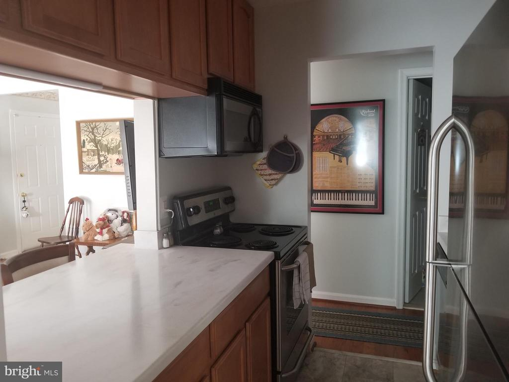 Kitchen - 119 WESTWICK CT #2, STERLING