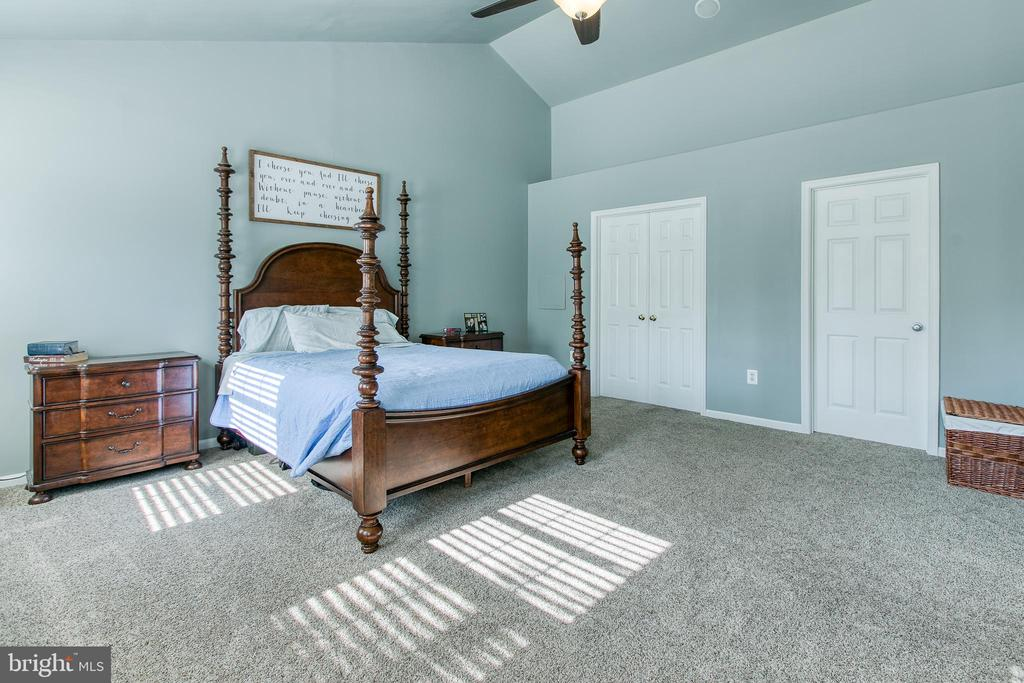 Mater bedroom - 12 SILVERLEAF CT, STAFFORD