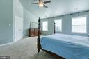 Master bedroom with Ceiling Fan - 12 SILVERLEAF CT, STAFFORD